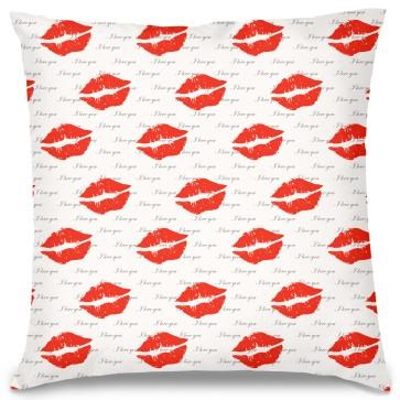 Öpücükler Tasarım Kırlent Yastık 40x40 cm